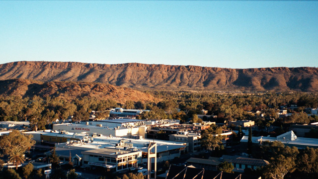 View of Alice Springs - Photo by jeaneeem